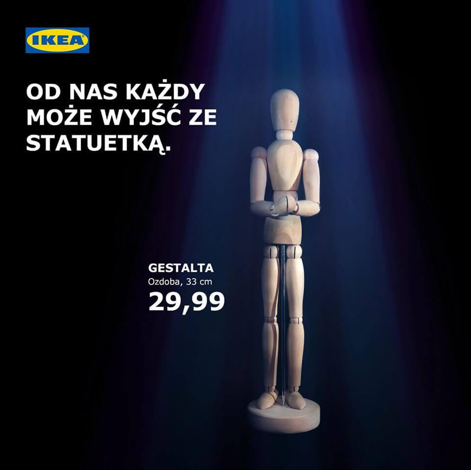 Ikea, granatowe tło, statuetka Oscar. Real Time Marketing